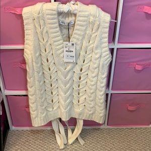 Zara Woven Knit Vest